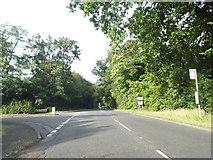 SU9984 : Framewood Road at the junction of Hollybush Hill by David Howard