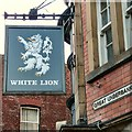 SJ8990 : Signage: White Lion, Great Underbank by Gerald England