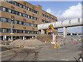 SK5438 : Through the QMC grounds - 2 by Alan Murray-Rust