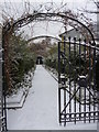 TQ2882 : Formal garden entrance, Regent's Park NW1 by R Sones