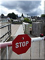 NH3709 : Fort Augustus: swing bridge in action by Chris Downer