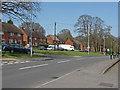 SU9069 : Fernbank Crescent by Alan Hunt