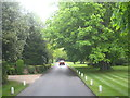 SU9987 : A private road in Gerrards Cross by Rod Allday