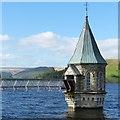 SO0511 : Valve tower and access bridge, Pontsticill Reservoir : Week 21