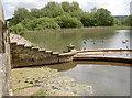 ST5758 : Spillway at Herriott's Bridge by Neil Owen