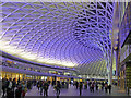 TQ3083 : 7.45 pm  in the concourse at Kings Cross : Week 40
