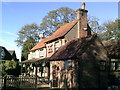 SU8999 : The Full Moon pub at Little Kingshill by Peter