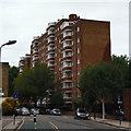 TQ2983 : Block of flats on Goldington Street by David Lally