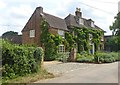 SP9832 : Farm house, Eversholt by Julian Osley
