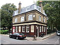 TQ3480 : The Turks Head, Wapping by Chris Whippet