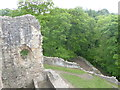 Dist:0.6km<br/>Though the castle is located in woodland it still commands a good position
