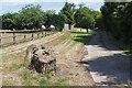 SU9982 : Footpath near Bell Farm by Alan Hunt
