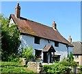 SP6809 : Cottage, Long Crendon, Buckinghamshire by Oswald Bertram