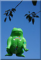 TA0928 : The Flying Toad in Queens Gardens, Hull : Week 32