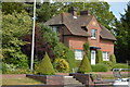 SU7885 : Lock keepers' House, Hambleden Lock by N Chadwick