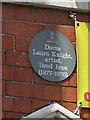 Photo of Laura Knight blue plaque