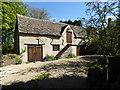 SU0291 : Barn, Askew Bridge House by Vieve Forward