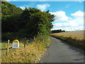 "TQ3958 : ""Col du Skelly"" marker post, Beddlestead Lane, near Biggin Hill by Malc McDonald"