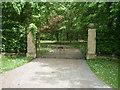 TL6156 : Gateway to Underwood Hall by JThomas