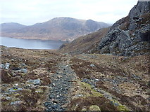 NG9674 : Stalker's path north of the Bealach Mhèinnidh by Richard Law