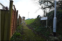 SX5058 : Freshford Close by N Chadwick