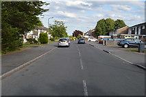 SU8594 : Hithercroft Rd by N Chadwick