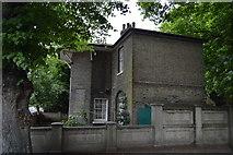 TL4559 : Keepers' Cottage, Jesus Lock by N Chadwick