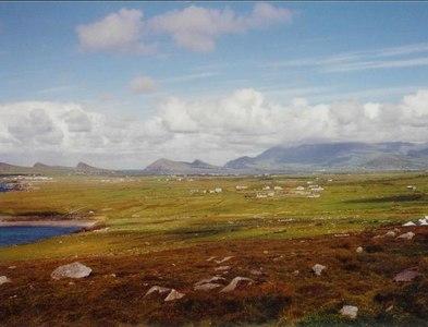 Q3704 : Dingle Peninsula by Rosalind Mitchell