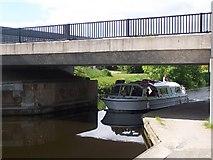NS6071 : New Farm Bridge by william craig