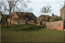 SO5018 : Gwenherrion Farm, Welsh Newton by Philip Halling