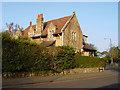 ST5676 : Druid Stoke Avenue, Stoke Bishop by Linda Bailey