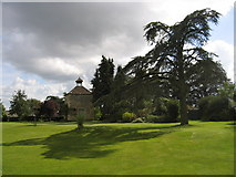 SP0600 : Harnhill Manor dovecote by Lyn Harper