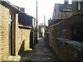 SE1030 : Ginnel off Brunswick Street, Queensbury by Tim Green
