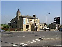 SE1320 : The Sun Inn, New Hey Road, Rastrick by Humphrey Bolton