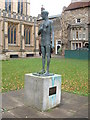TL8564 : Statue of King Edmund by Keith Evans
