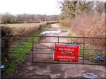 ST0579 : Private Roadway by Stuart Wilding
