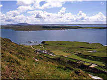 L6151 : Clifden Bay by Ian Taylor