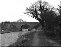 SU3067 : Froxfield Bridge, Kennet and Avon Canal by Dr Neil Clifton