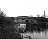ST8961 : Semington Bridge, Kennet and Avon Canal by Dr Neil Clifton