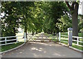 SP5729 : Gate to Tusmore Park by Duncan Lilly