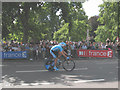 TQ2880 : Tour de France at Hyde Park Corner (2) by Stephen Craven