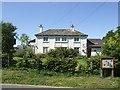 SO6189 : Concrete house by John M