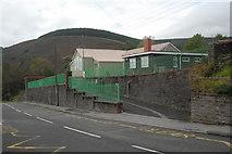 SS8096 : Tonmawr Primary School by Cedwyn Davies