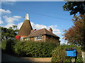 TQ7425 : Oak Farm Oast, Beach House Lane, Salehurst, East Sussex by Oast House Archive