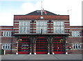 TA1230 : East Hull Fire Station by Paul Glazzard