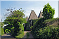 TR0356 : Harefield Oast, Hogbens Hill, Selling, Kent by Oast House Archive