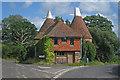 TQ5045 : Triangle Oast, Hampkins Hill Road, Chiddingstone, Kent by Oast House Archive