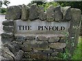 SE2701 : Sign at the entrance to the Pinfold by Wendy North