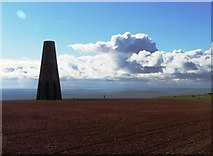 SX9050 : The Tower, Day Beacon by Tom Jolliffe