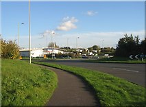 SU6252 : Town Centre West roundabout by Given Up